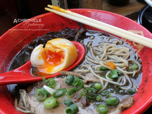 Hakata Gensuke Hawthorn (28) Black Tonkotsu - Fried Garlic and Black Sesame Paste w